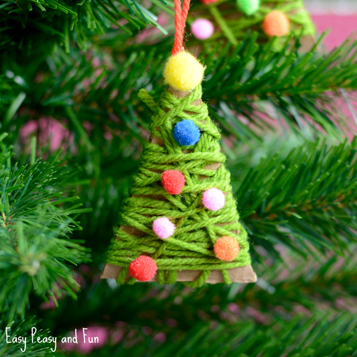 yarn-wraped-christmas-ornament-craft-for-kids